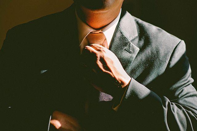 תיוג עסקי ואמונה עצמית